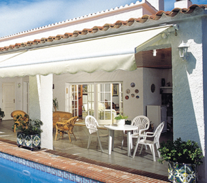 Eclipse semi cassette retractable awning
