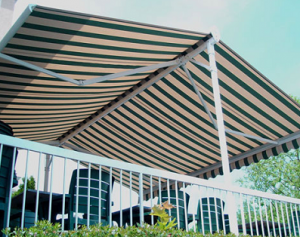 butterfly retractable awning for sun protection