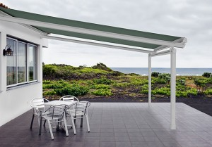Eclipse Sunroof Plus retractable awning