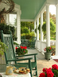 porch decor tips